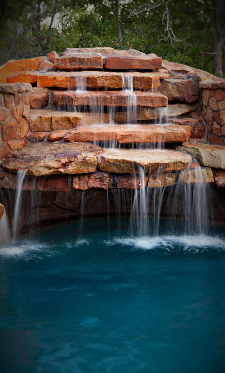 Pool fun with oasis jamie amp april - 2 5